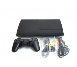 Consola Play Station 3 Super Slim 12GB usada negra