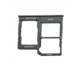 Porta dual sim y microSD...